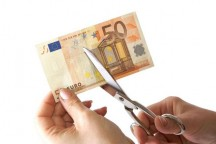 Scissor cutting euro bill.preview